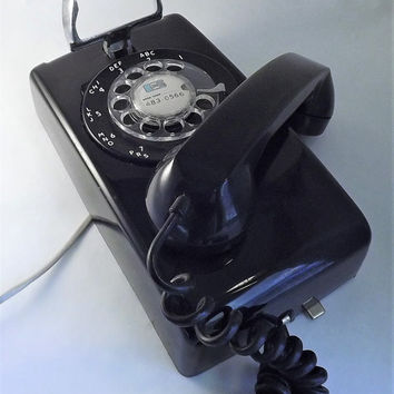 Black Wall Phone, ITT Rotary Dial Telephone, Vintage Black Phone, Rotary Dial Phone, 1970's Telephone