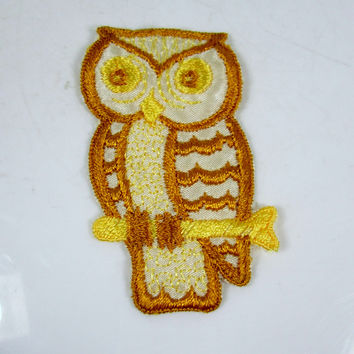 Vintage Embroidered Owl Sew On Patch Shades of Yellow
