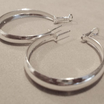 Vintage 80's Large Silver Post Hoop Earrings w/ Safety Flip Backing, Simple, Elegant, Fashion Jewelry, Teens, Bold, Sparkle, Light Weight