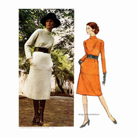 70s VOGUE DRESS PATTERN Standing Collar Turtleneck Givenchy Vogue 2467 Paris Original Bust 31.5 UNCuT Vintage Womens Sewing Patterns & Label