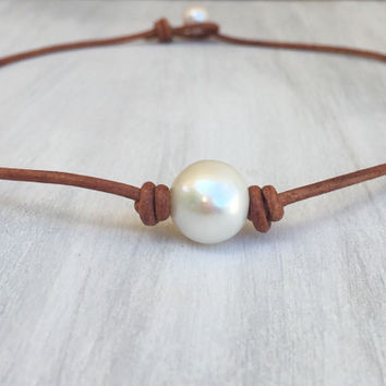 Leather freshwater pearl necklace,leather and pearls, pearls on leather, freshwater pearl choker