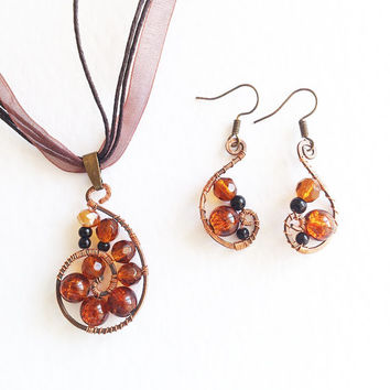 Wire wrapped Pendant and Earrings Amber Surf copper wire brown