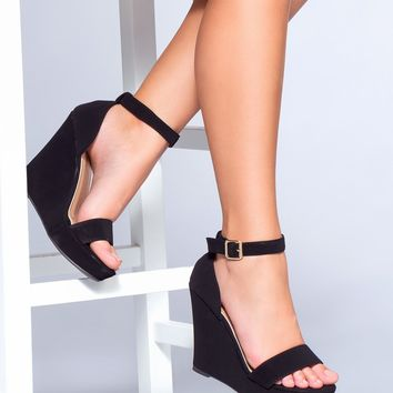Sealed With A Kiss Wedges