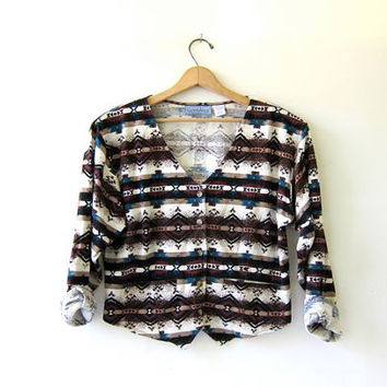 80s womens tribal shirt. southwestern cropped shirt. button up shirt.