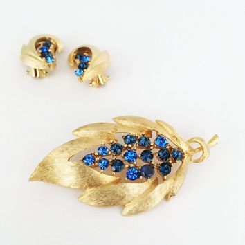Blue Rhinestone Leaf Brooch Earrings Vintage JJ Jewelry Set Gold Tone Clip Ons & Pin