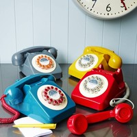 Retro 746 Telephones