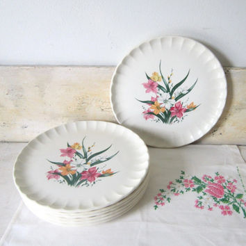 Vintage Plates Lily Dinner Plates Midcentury Floral Dinnerware WS George casual Summer Decor Serving Gift for Her