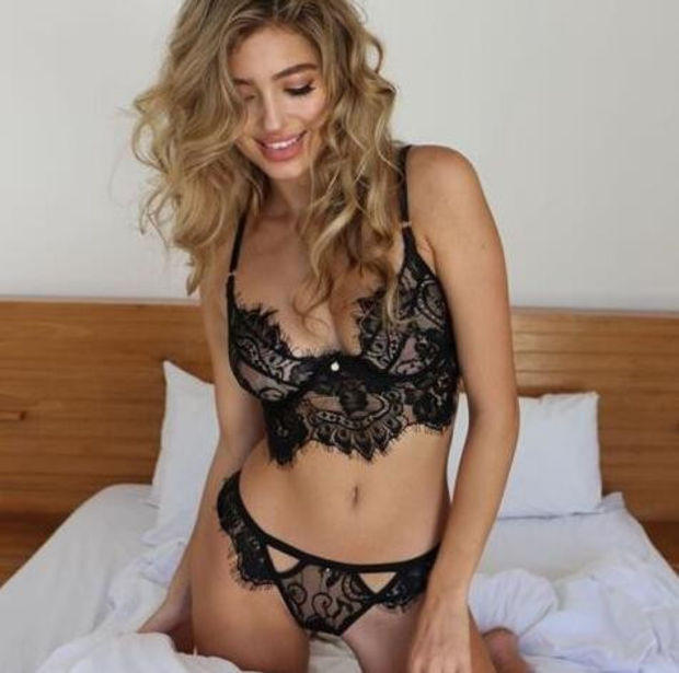 f175b69b8d Fashion Hollowed Out Lace Strappy Lace Lingerie Set Underwear Bra
