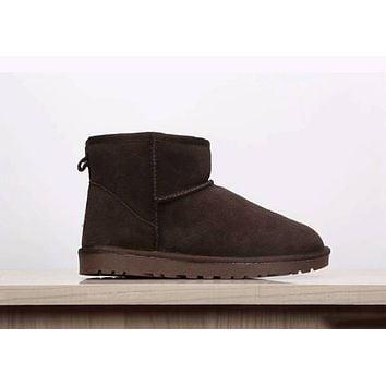 UGG Classic Fashion Short Boots Winter Warm Wool Snow Boots Shoe Coffee I-XYXY-FTQ
