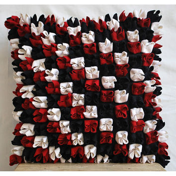 Decorative Throw Pillow Covers Accent Pillow Couch Pillow 16 Inch Suede Pillow Cover Felt Embroidered Red N Black Blossom Home Living Decor