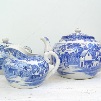Mid Century Tea Set, Made in Japan, Ceramic blue and white Teapot, Milk and Sugar set, Gift for Hostess, Wedding Gift, Mad men, Retro