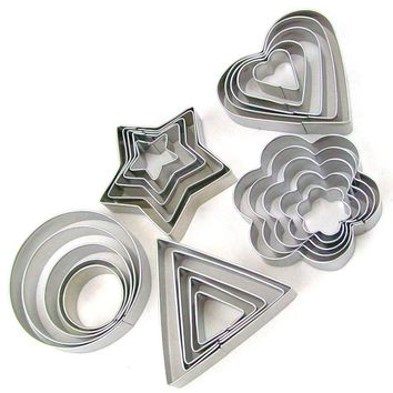 5PCS/Set Round/Heart/Flower/Star Shape Cookie Cutter Stamp New Year Decoration Cake Tools Biscuit Mold Christmas Cutter