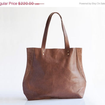 SALE - DISTRESSED BROWN leather bag - Large leather tote bag - Shoulder Bag - Miri bag