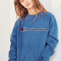 Champion Center Logo Crew-Neck Sweatshirt | Urban Outfitters