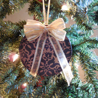 Black and Gold Floral Round Box Christmas Ornament