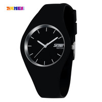 2016 New SKMEI Brand Watch Men Women Colorful Jelly Quartz-Watch Silicone Band Quartz Wristwatches 30M Waterproof Sports Watches