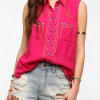 Urban Outfitters - Ecote Embroidered Sleeveless Button-Down Shirt