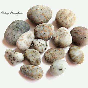 Med Lot Chalcedony / Moss Agate Beach Pebbles, Rocks, Stones, Lake Ontario