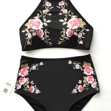 Cupshe Flower Field Halter Bikini Set