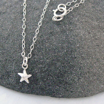 Tiny Star Necklace, 925 Sterling Silver, Small Star Necklace, Minimal Necklace, Dainty Thin Chain, Delicate Jewelry, Layering Necklace