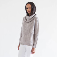 Zoe Oversized Turtleneck Sweater (Grey)