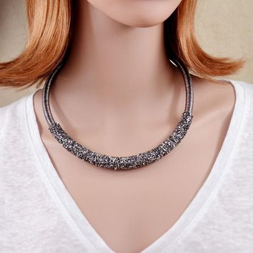 New Design Collar Choker Necklace Coiled Rope Chain Decorated Full Rhinestones Necklace Collar Torques