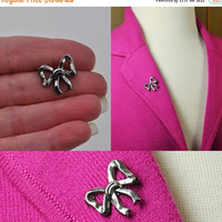 ON SALE Vintage Sterling Silver Bow Brooch, Scatter Pin, Lapel Pin, Sweet! #b086