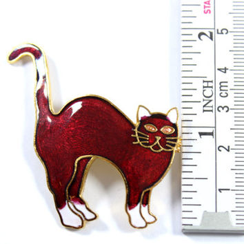 Vintage cloisonne cat brooch, red cat pin, red and white cat, feline pin, cat lover, cat badge, goldtone, enamel cat, wine red, white paws