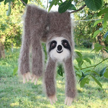 Knitted a Sloth Stole scarf / Fuzzy Soft Scarf / brown biege  / Sloth scarf / knited a sloth scarf / animal scarf