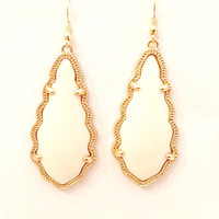 Selma Earrings In Ivory & Gold