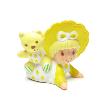 Butter Cookie Figurine with Pet Jelly Bear Vintage Strawberrry Shortcake Miniature Baby
