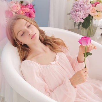 Free Shipping 2016 New Autumn Two layers Princess Nightdress Court Pijamas Women's Long Nightgown Pink and White Nightshirt