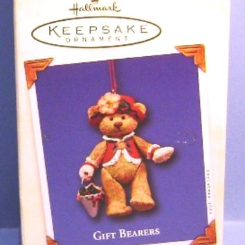 2003 Gift Bearers Hallmark Retired Series Ornament