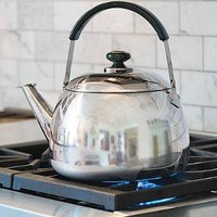 5 Quart Stainless Kettle - Plow & Hearth