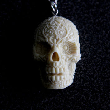 Ivory Finish Sugar Skull Pendant Necklace by mrd74 on Etsy