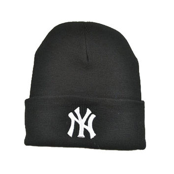 New York Classic Letters Embroidered Knitted Wool Winter Black Women & Mens Cuffed Skully Hat