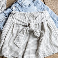 Cal Striped Tie Shorts, Ivory
