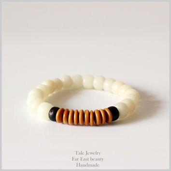 Natural White Bodhi Seed Coconut shell Olive Nut Tibetan Buddhism Mala Beads Bracelet Unisex Prayer & Yoga Meditation OM Jewelry