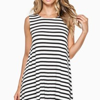 ShopSosie Style : Shift Away Dress in White & Black