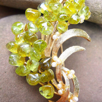 Peridot Gemstone Brooch, Signed ART, Faux Pearls, Vintage, Gold Tone, Green Floral