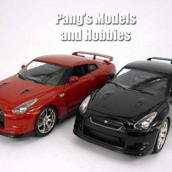 Nissan GT-R 2009 1/24 Scale Diecast Model by Jada