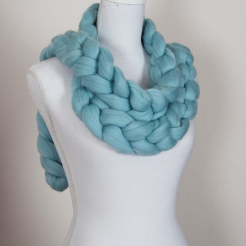 Chunky knit scarf, chunky chain scarf, giant stitch, natural 23 micron merino wool