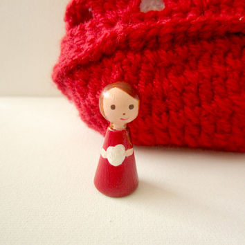 Peg doll -Valentines gift- Non toxic doll - Home Decor - Wooden Peg Doll