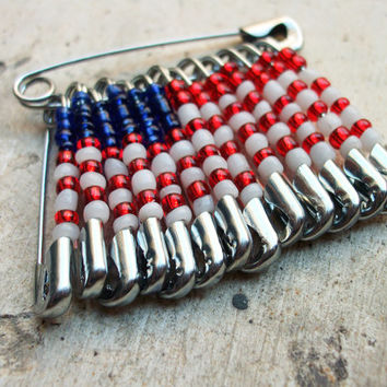 Murano glass beads American flag pin, Handcrafted in Venice, Italy, red, white and blue Murano beads