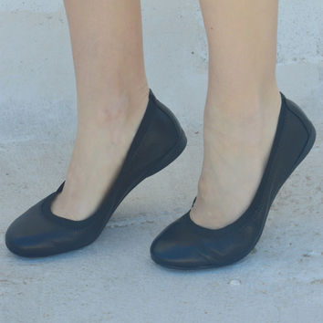 Leather ballet flats! Womens black flats. Womens flats black