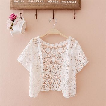 Free Size 2017 women top big size Women Fashion Wrap Coat Floral Hollow Out casual Lace Small Tassels Shawl Beige White Cardigan