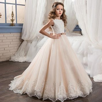 Beautiful Pageant Graduation Dress for Little Girl Puffy Scoop Bow Long Kids Prom Dresses Evening Ball Gown Lace Hem