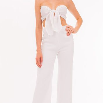 Hamptons Affair White Strapless Sweetheart Tie  Front Smocked Crop Top