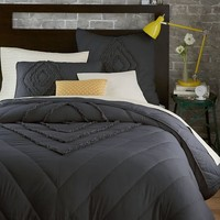 Ruffled + Ruched Quilt + Shams