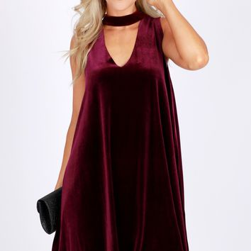 Velvet Keyhole Dress Wine